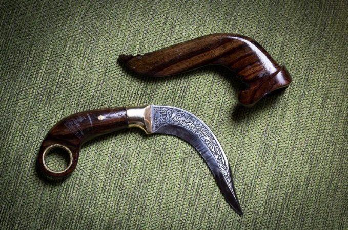 senjata tombak cakra langit