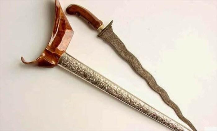 senjata tradisional indonesia